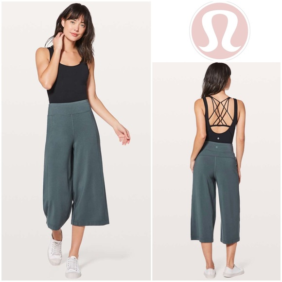 """Lululemon Blissed Out Culottes *21"""" in Sea Steel"""